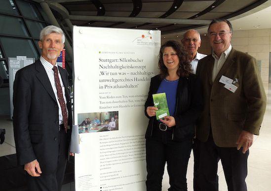 """Nachhaltigkeitskonferenz der SPD-Bundestagsfraktion, Ute Vogt MdB am Stand der """"Lokalen Agenda Sillenbuch"""""""