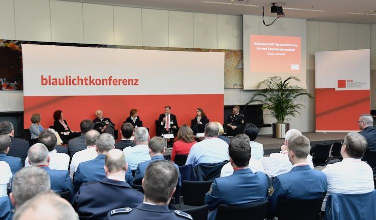 Blaulichtkonferenz der SPD-Bundestagsfraktion am 08.05.2019